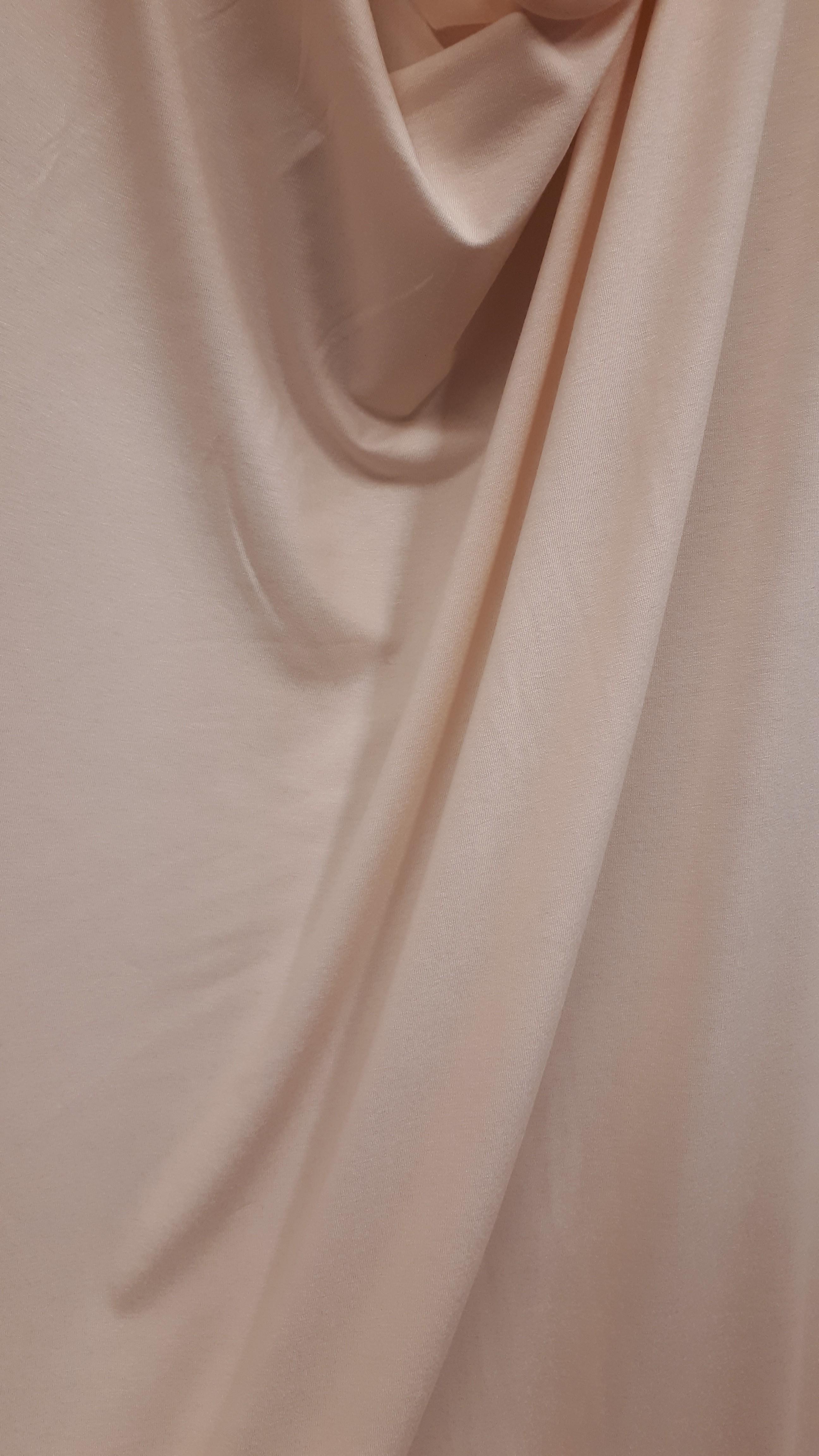 Kokvilnas trikotāža - blāvā bēširozīgā krāsā
