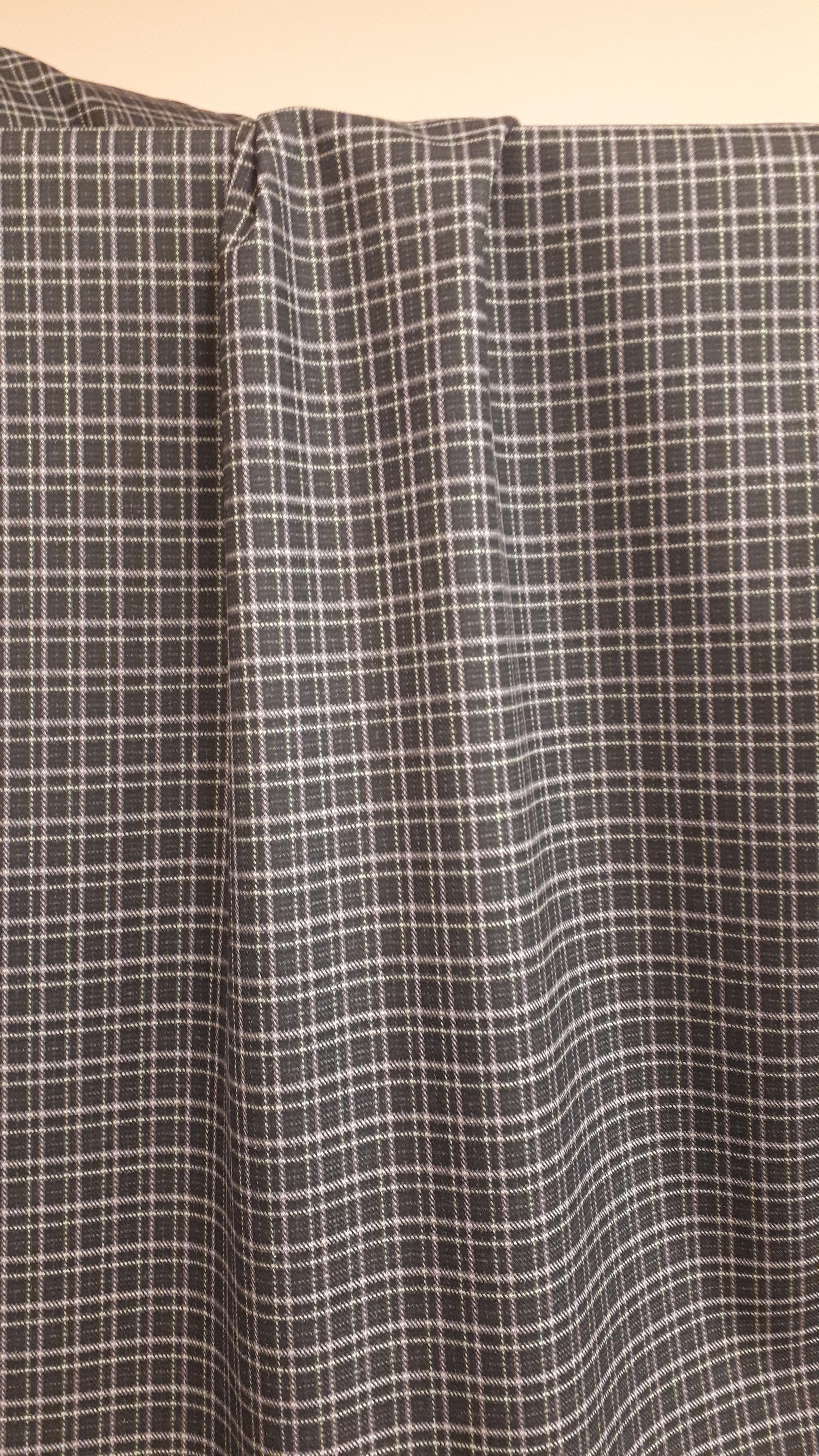 Rūtains kleitu/kostīmu audums ar elastānu