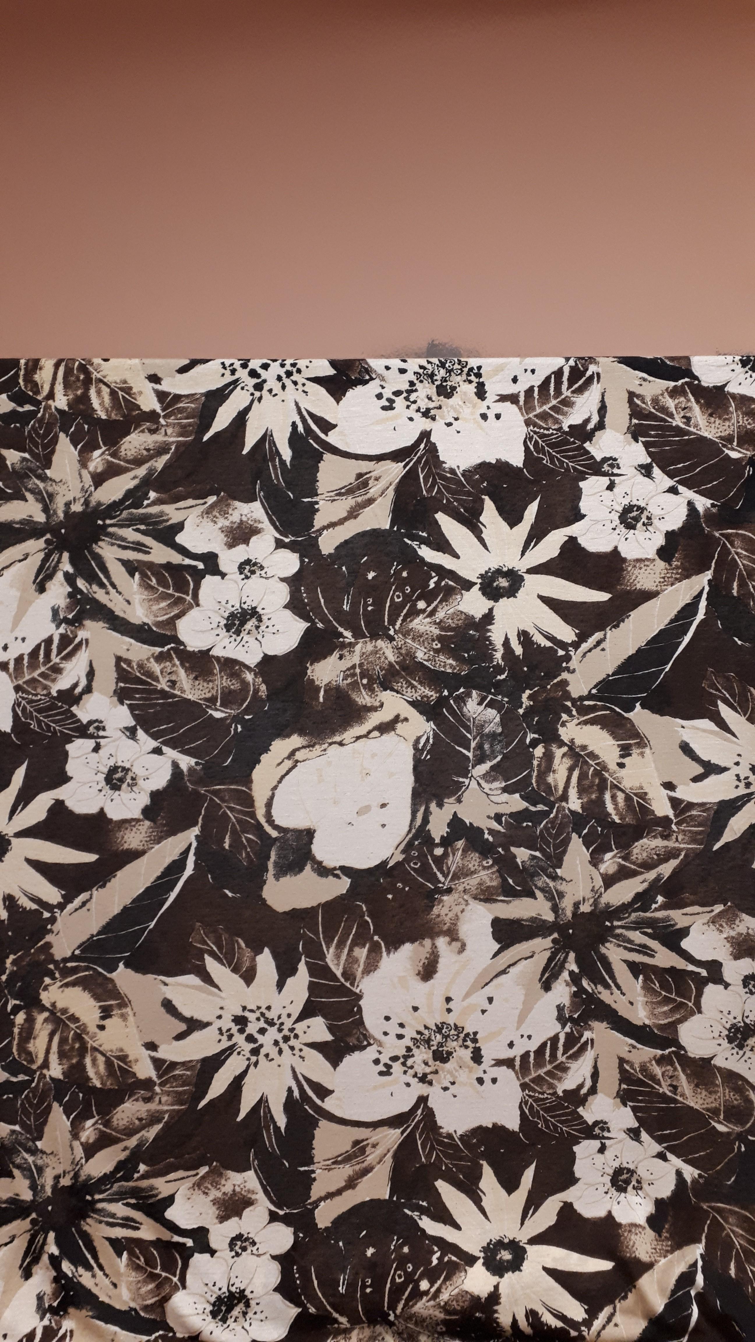 Lina un viskozes trikotāža ar ziedu rakstu